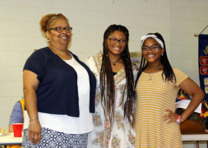 Ayana Kearney with mom and sister